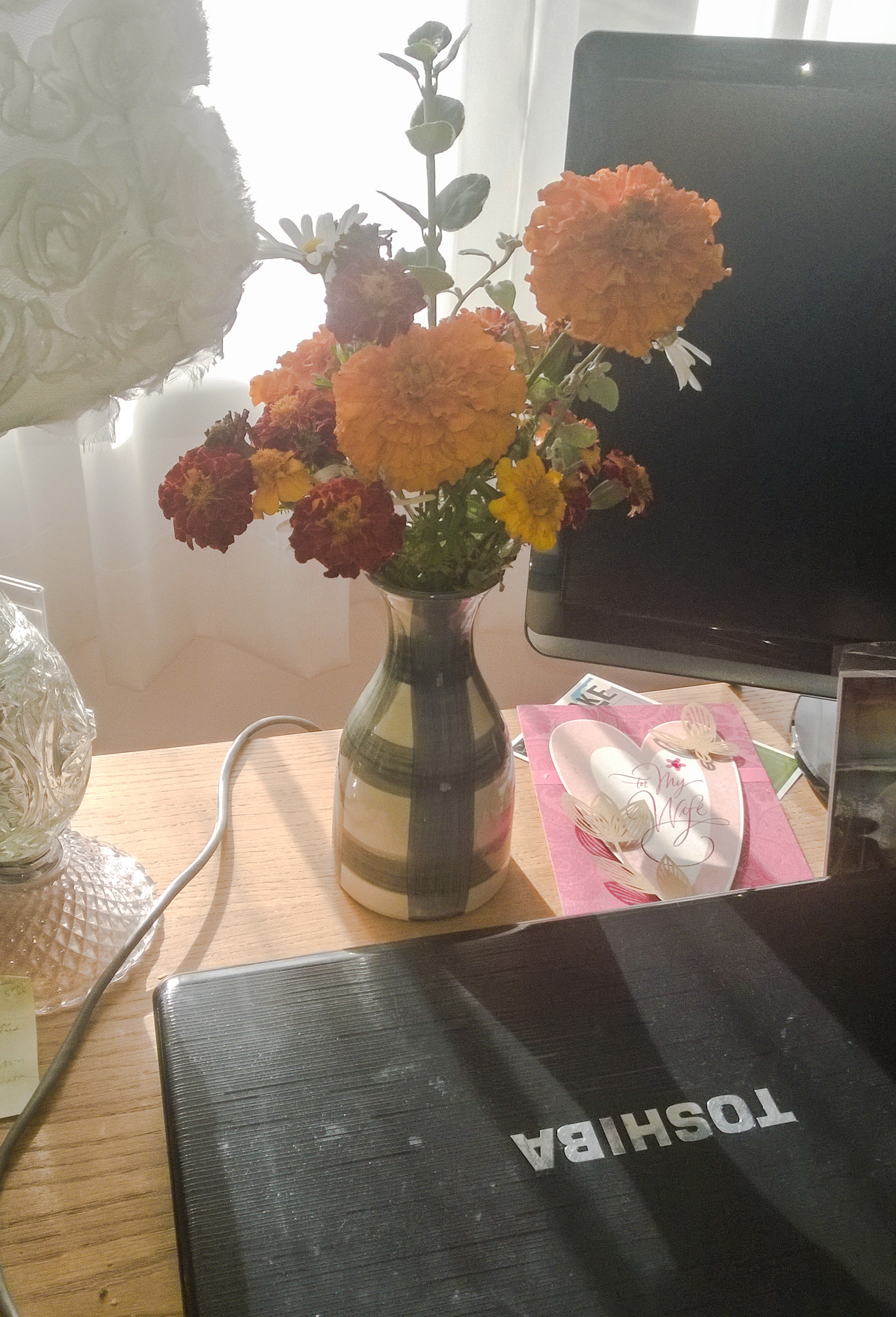 JoAnne's computer desk bouquet